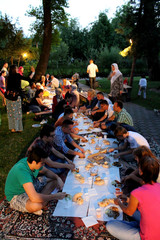 Iftar dinner in Sanski Most's small park